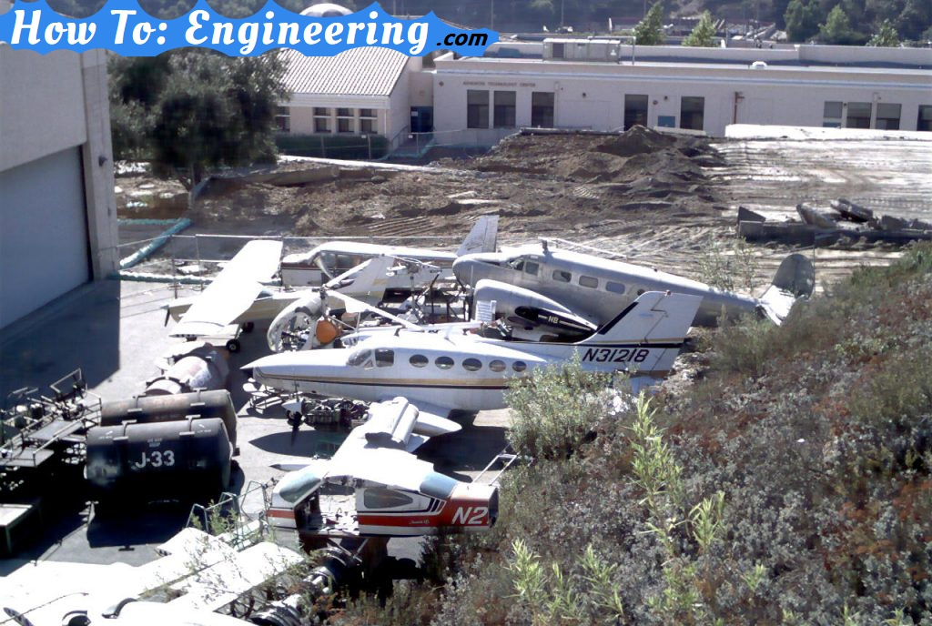 Airplanes at Glendale College