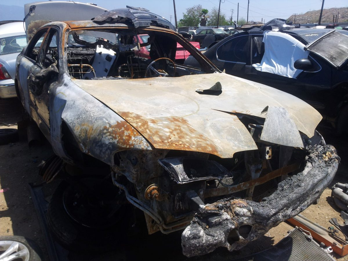 'Junk yard finds'! – Burned up car!