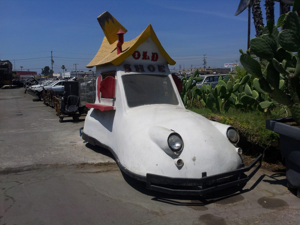 'Junk yard finds'! – Shoe Car!