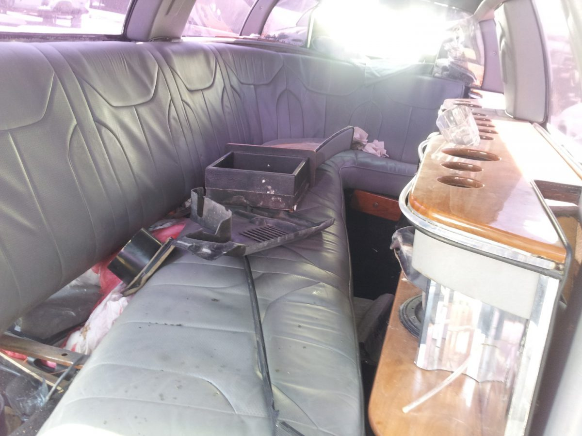 'Junk yard finds'! – Limo!